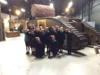 Y6 and tank(1)
